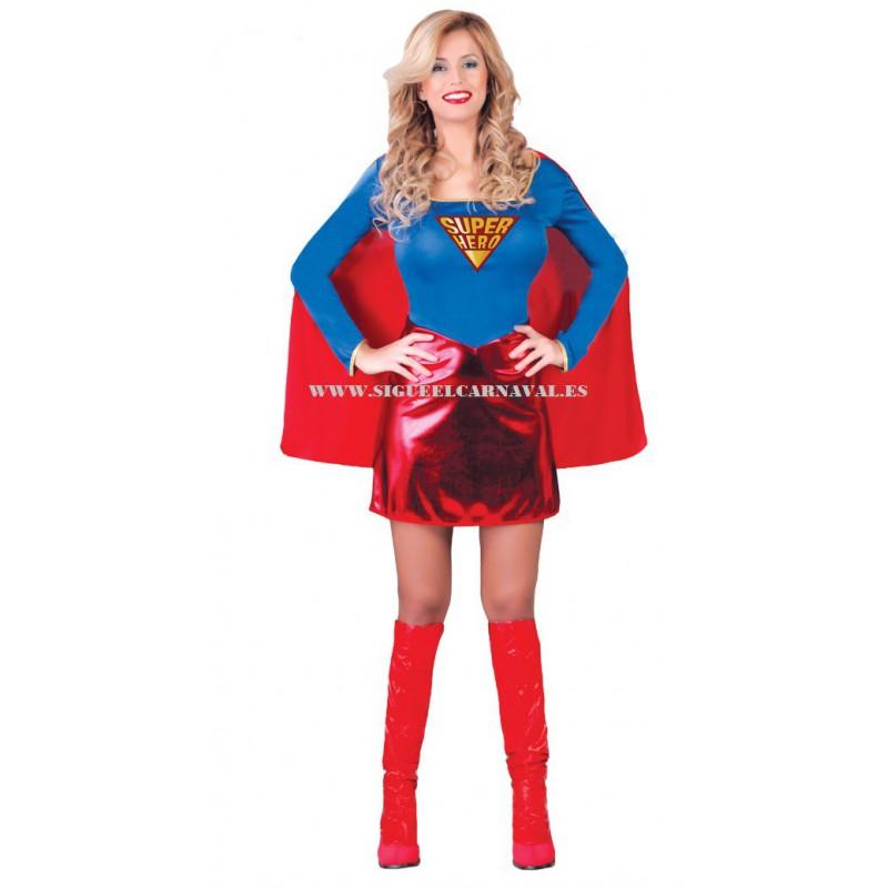 SUPERWOMAN HEROE
